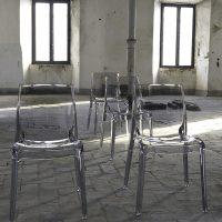 sedia-cristal-light-1