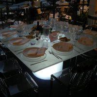 Tavolo Lux Quadrato| Affitto Tavolo Lux Quadrato| Noleggio Tavolo Lux Quadrato
